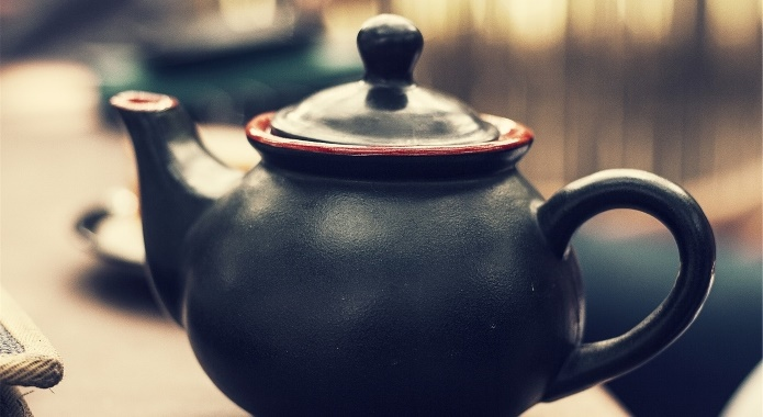 teapot of black tea