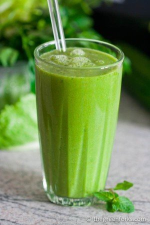 Super DETOX Green Cleansing Smoothie by The Green Forks